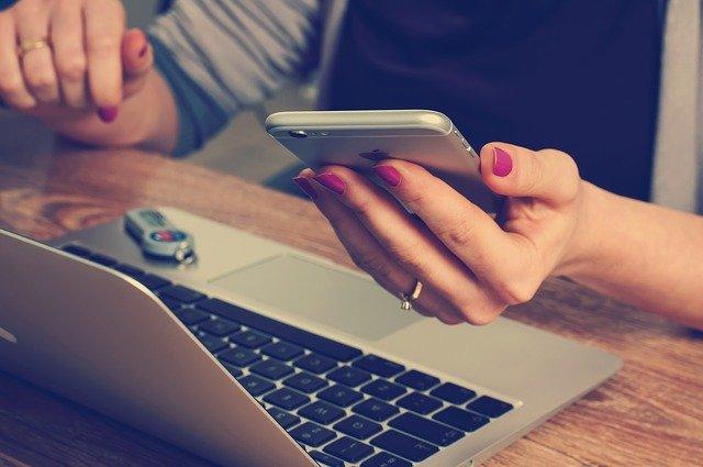 Comment envoyer un SMS anonyme depuis son ordinateur par un site